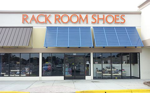 Oct 01,  · Get a $10 coupon in your inbox from Rack Room shoes. Can be printed, used online or you can show the on your mobile phone. Current Rack Room Shoes Promotions See all their latest coupons and offers on this page. 10% Military Discount Rack Room Shoes offers a ten percent military discount on Tuesday's to military personnel and their families/5(28).