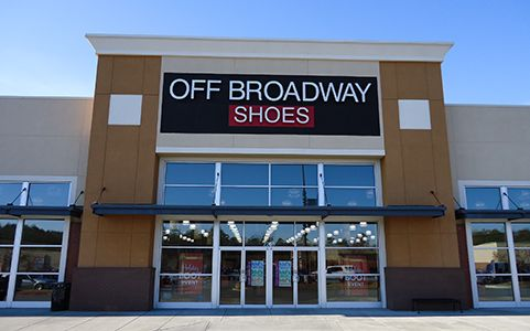 Visit your local DSW Designer Shoe Warehouse at Broadway in New York, NY to find your favorite brands and the latest shoes and accessories for women and men at great prices.