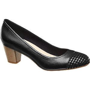 Sapato de salto pele