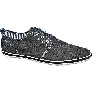 Sapato em lona