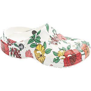 Biele plážové sandále s kvetinovým vzorom Crocs