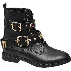 Damen Boot