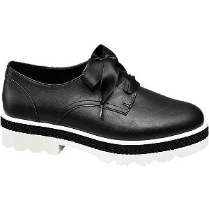 Dandy cipő szatén fűzővel