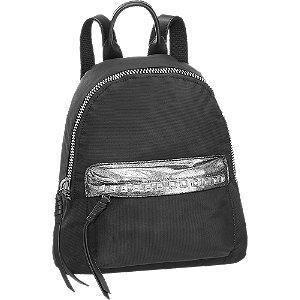 Fekete szegecses női hátizsák