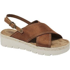 Hnedé sandále na platforme Esprit
