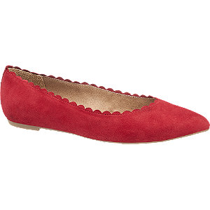 Piros hegyes orrú balerina