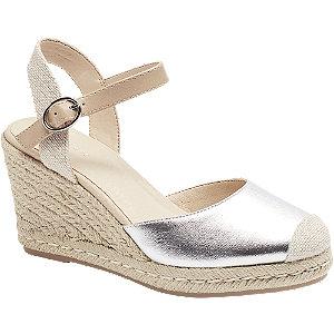 Stříbrné sandály na klínku Graceland