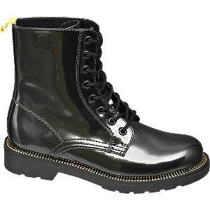 Černá lakovaná šněrovací obuv Catwalk