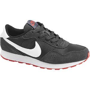Čierne tenisky Nike Md Valiant