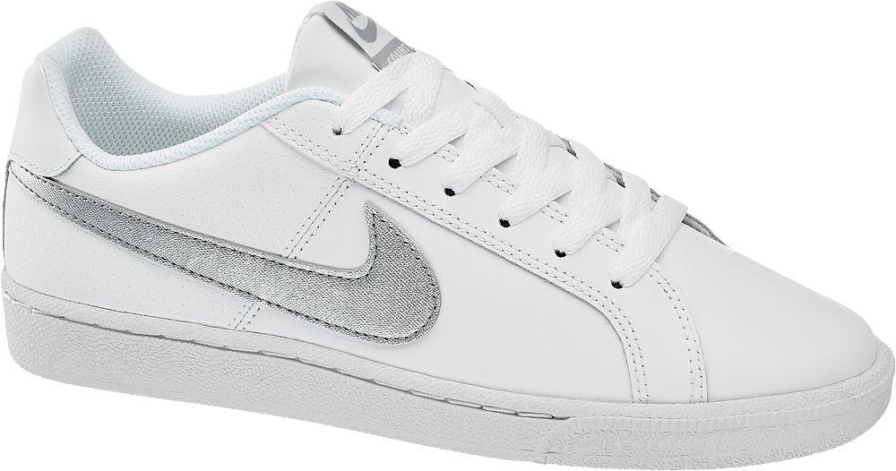 białe sneakersy damskie Nike Court Royale ze srebrnym logo