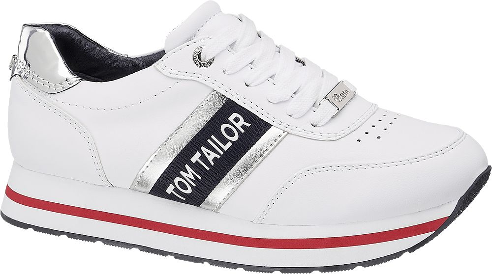białe sneakersy damskie Tom Tailor na grubszej podeszwie