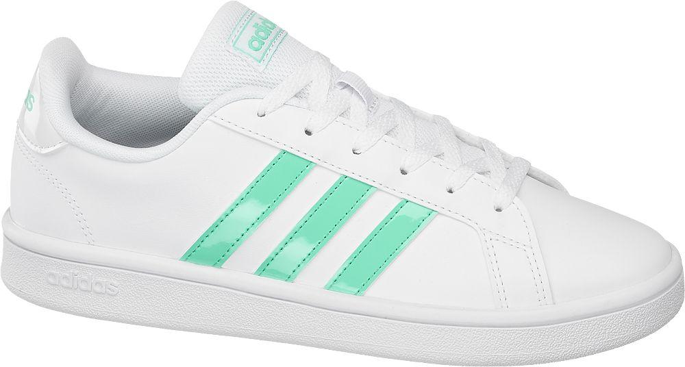 białe sneakersy damskie adidas Grand Court Base z miętowym logo