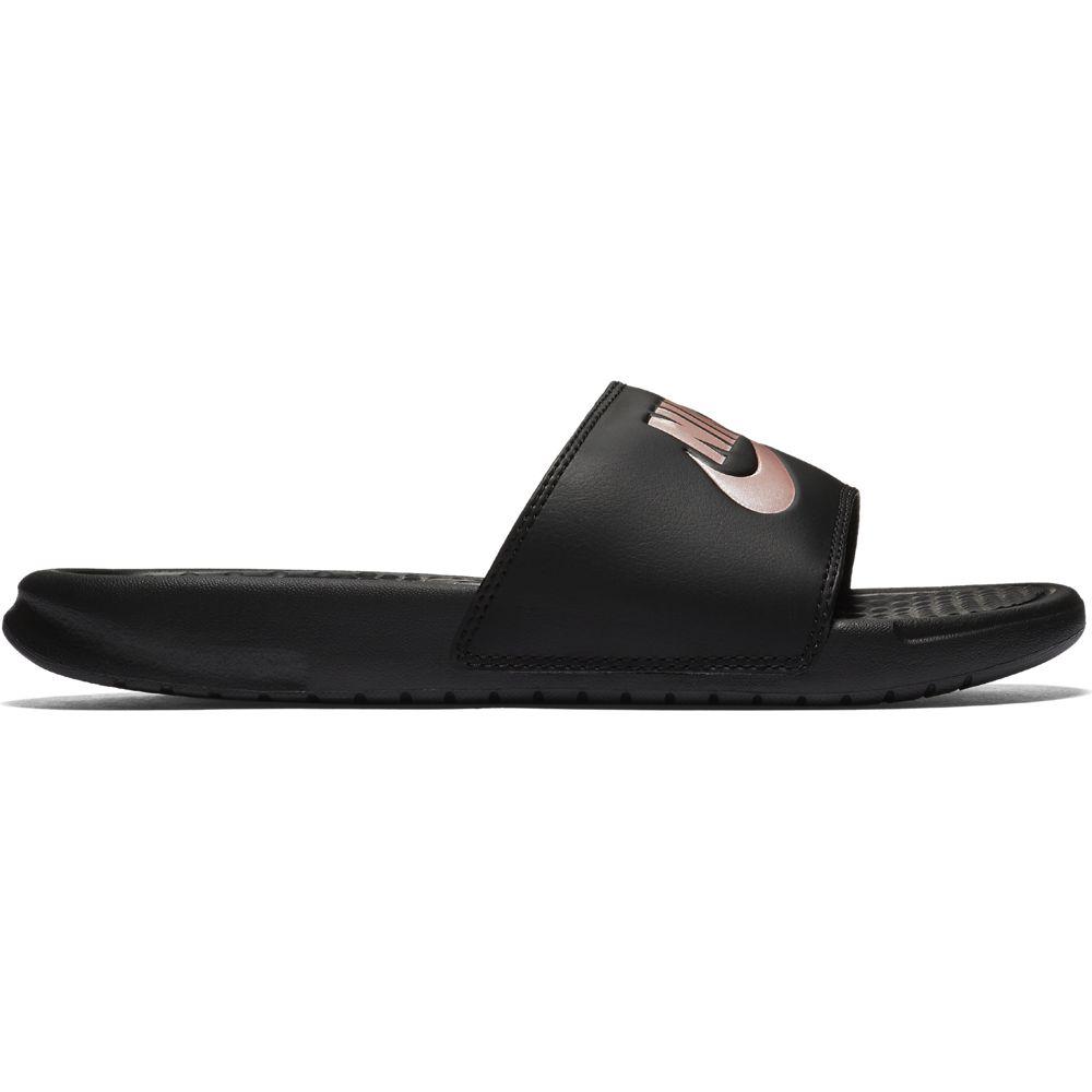 czarne klapki damskie Nike Benassi