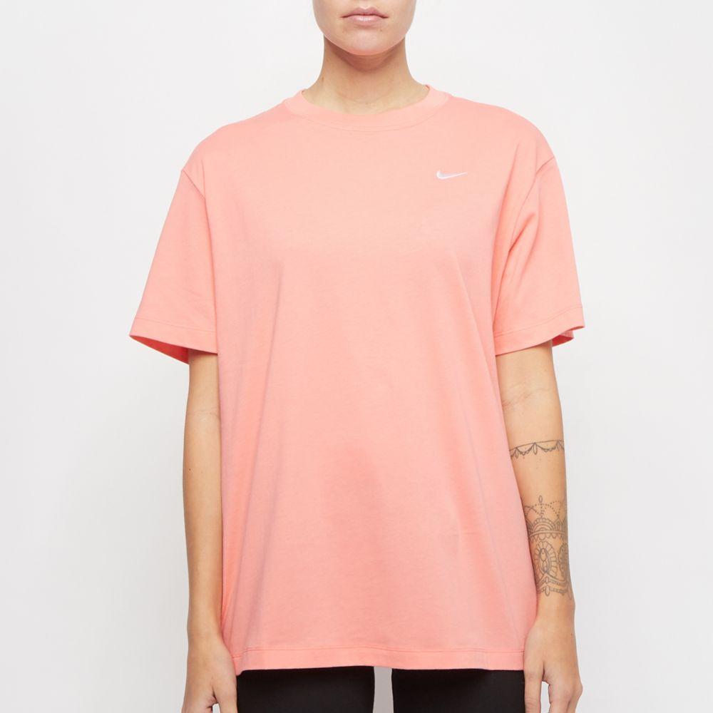 różowa koszulka damska Nike z białym logo