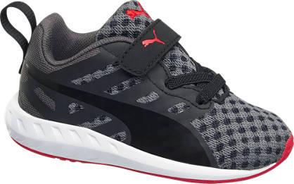Puma  Lightweight Sneaker