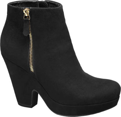 Graceland Scoop Wedge Ankle Boots