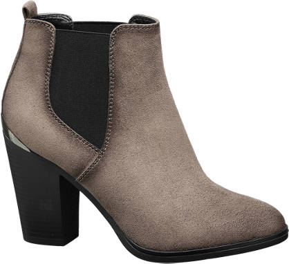 Graceland Heeled Chelsea Boots