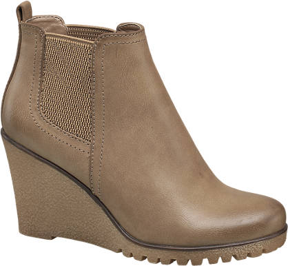 Graceland Wedge Chelsea Boots