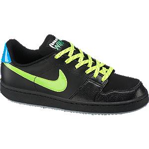 Backboard sneaker