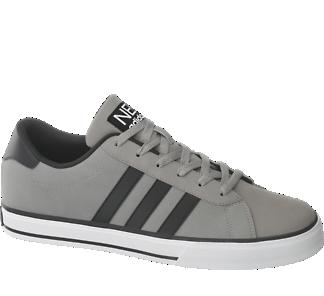 Sneakery od Adidas neo label
