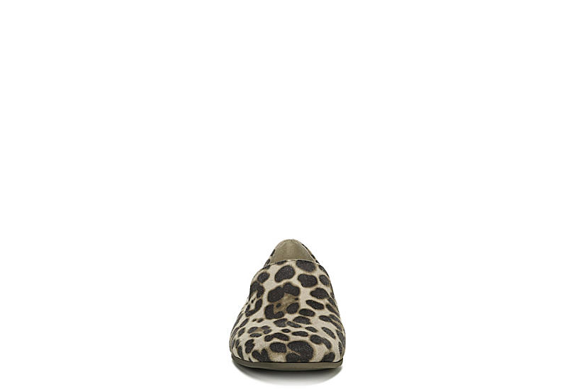 NATURALIZER Womens Janelle Loafer - LEOPARD