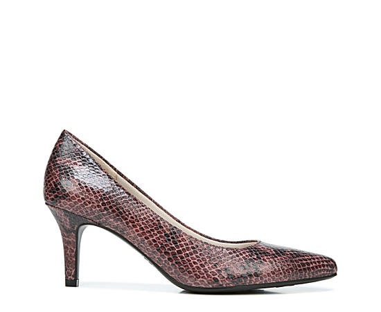 Womens Sevyn Pump
