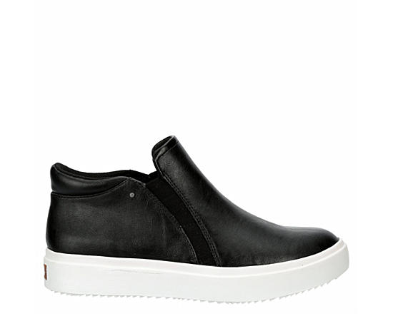 Womens Wanderfull Slip On Sneaker