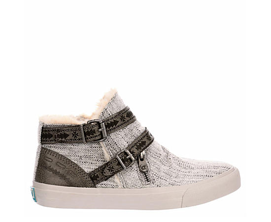 Womens Mojo Slip On Sneaker