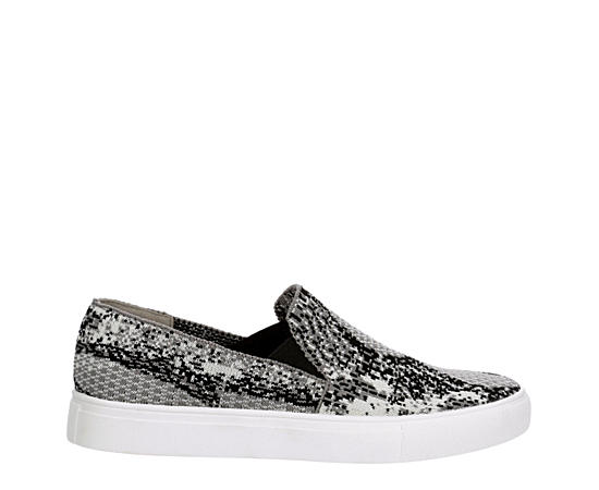 Womens Minka Slip On Sneaker