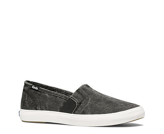Womens Clipper Slip On Sneaker