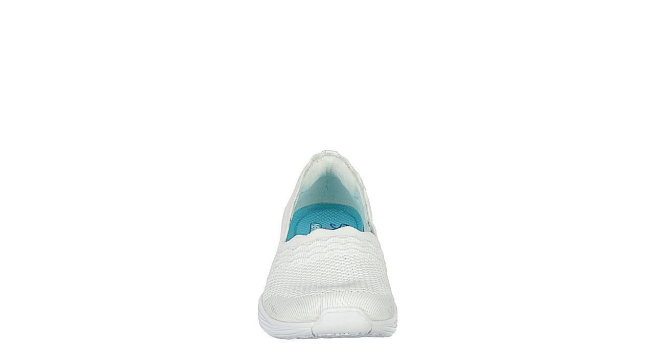 SKECHERS Womens Umpire Slip On Sneaker - WHITE