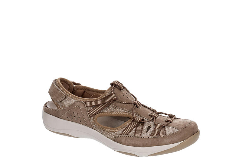 EARTH ORIGINS Womens Sonoma Slip On Sneaker - TAN
