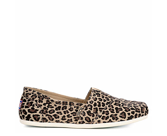 Womens Hot Spotted Flat