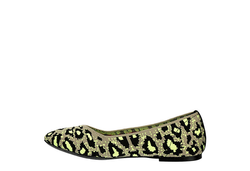 SKECHERS Womens Clawsome - TAUPE