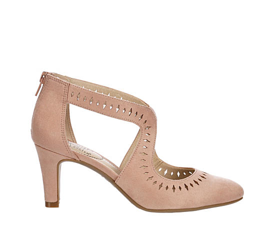 Womens Giovanna Perf Pump