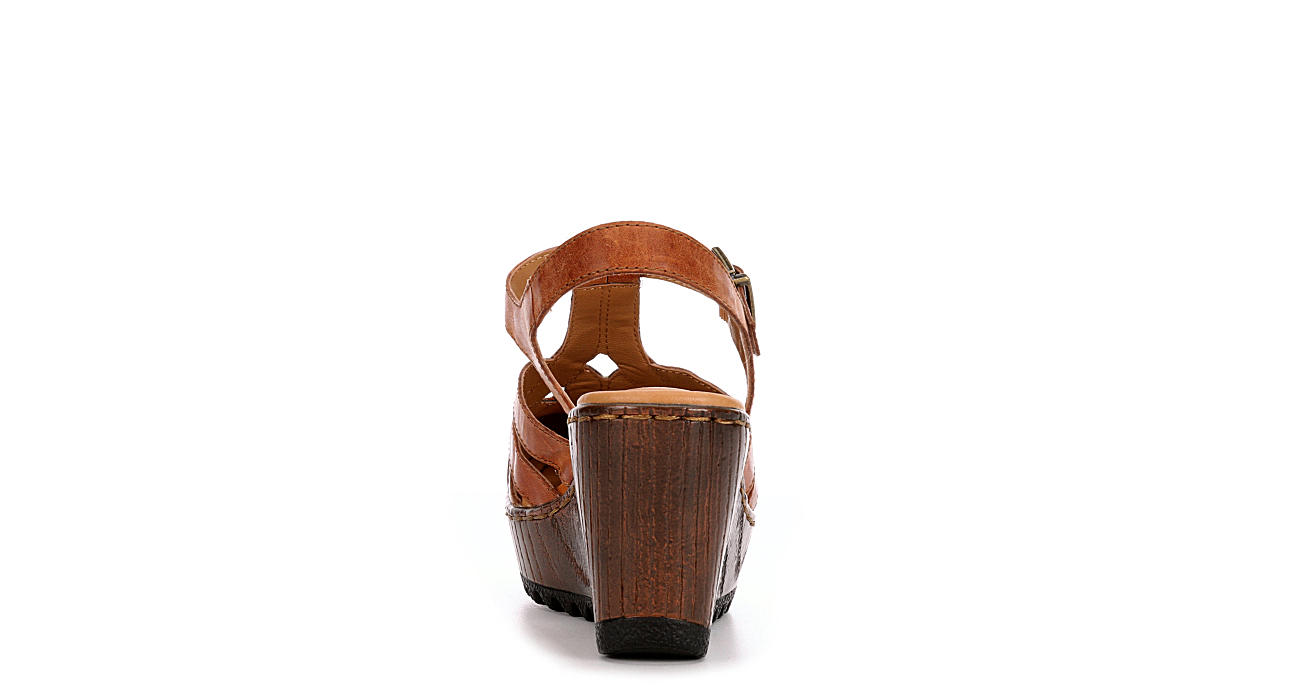 B.O.C Womens Lizzie Wedge Sandal - COGNAC