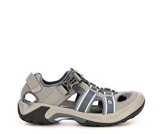 Womens Omnium Sneaker