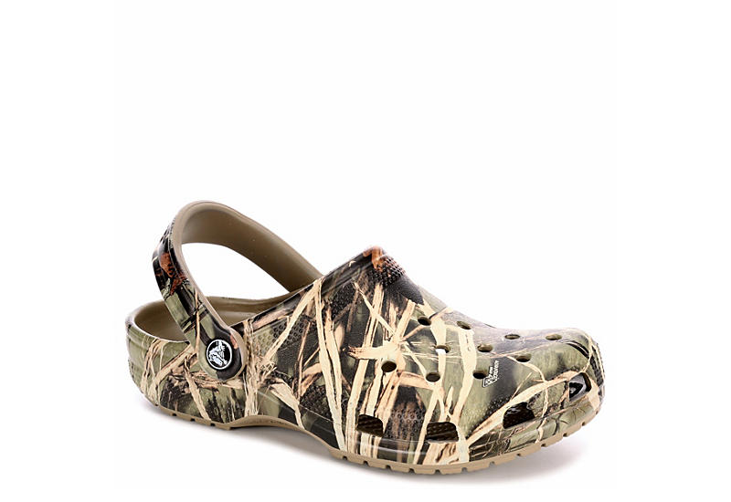 e941d3fd8 Crocs Womens Classic Clog - Camo