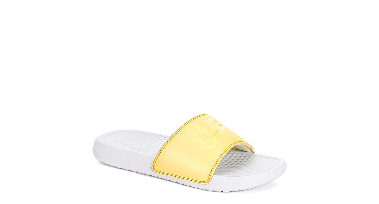NIKE Womens Benassi Slide Sandal - YELLOW