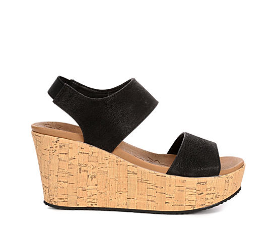 Womens Brit Tall Tale Wedge Sandal