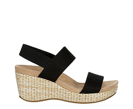Womens Delta Casual Wedge Sandal
