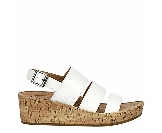 Womens Wynonna Casual Wedge Sandal
