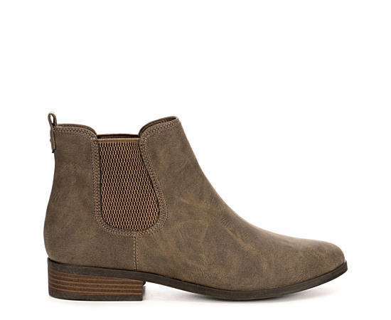 Womens Dillon Chelsea Boot