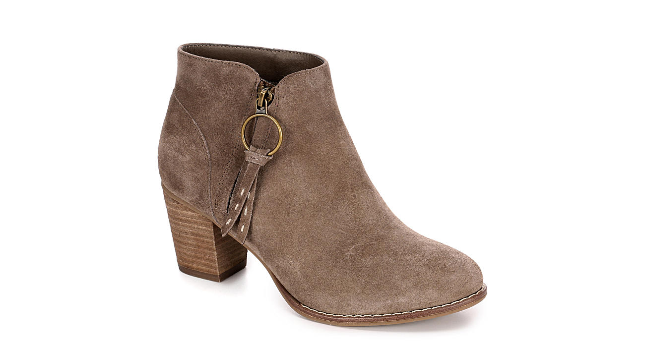 MICHAEL BY MICHAEL SHANNON Womens Sarah Boot - TAUPE