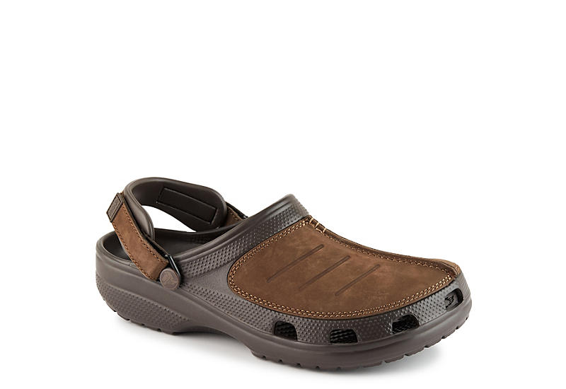 49060536c842 Brown Crocs Mens Classic Yukon Mesa Clog