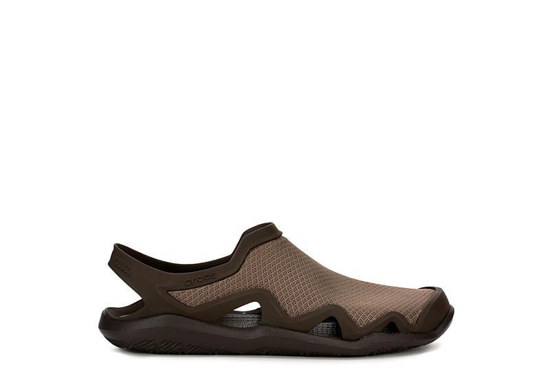 CROCS Mens Swiftwater Mesh Sandal - BROWN