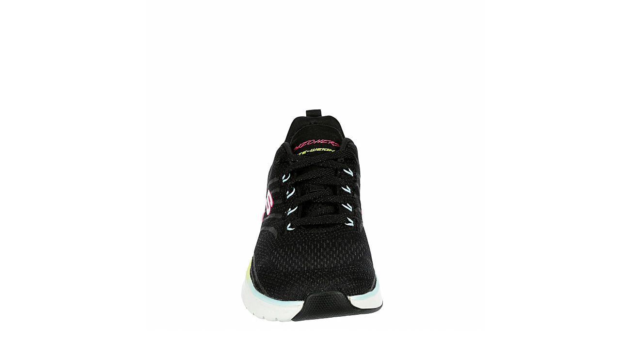 SKECHERS Womens Ultra Groove Sneaker - BLACK
