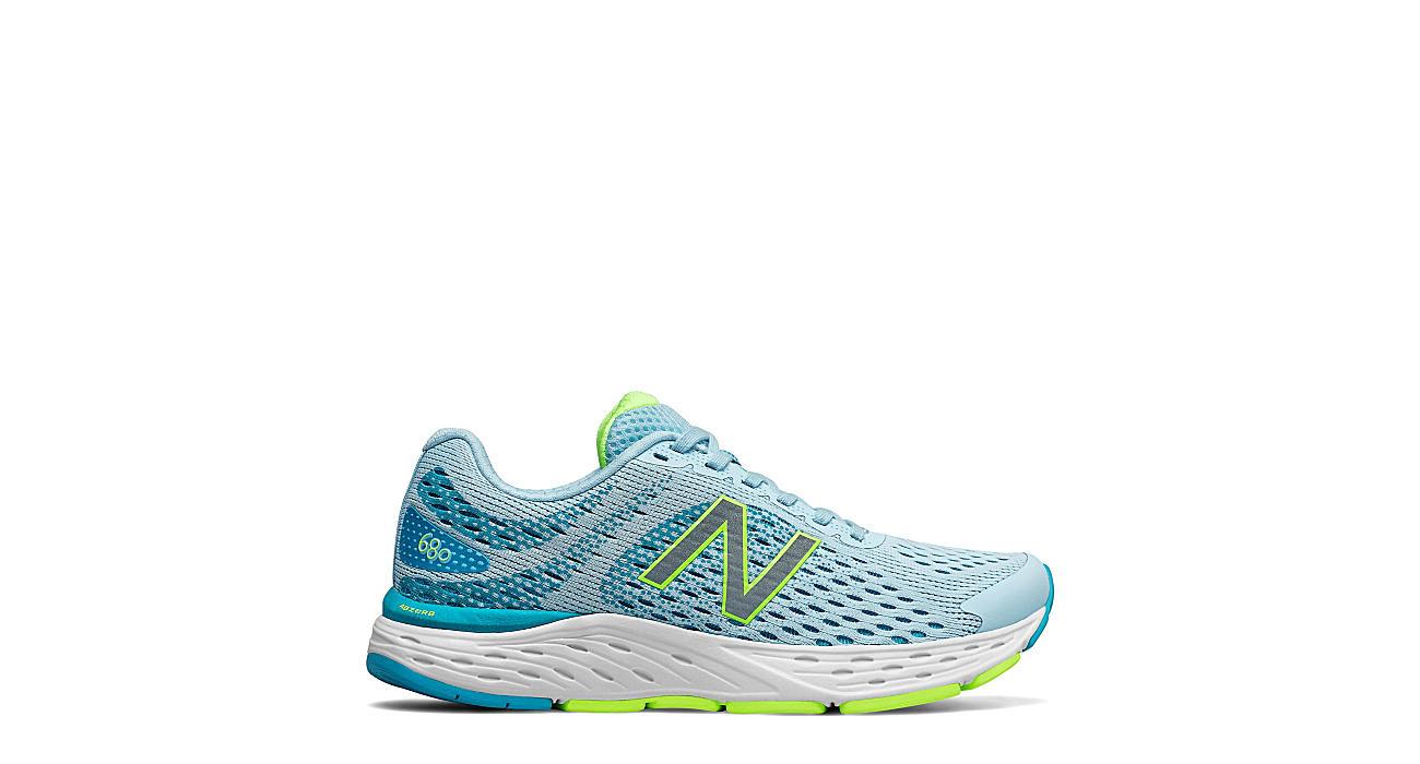 New Balance Womens Fresh Foam 680 V6 Running Shoe - Pale Blue