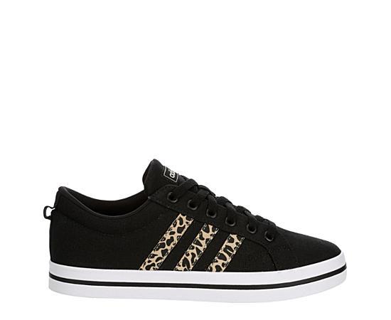 Womens Bravada Sneaker