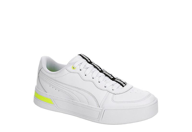 WHITE PUMA Womens Skye Sneaker